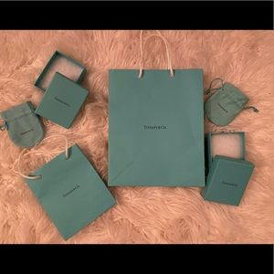TIFFANY & CO. 2 bags. 2 pouches. 2 boxes.